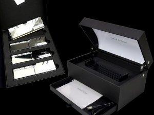 F4-4000C17Q-32GTRSU 「Trident Display Box SET」